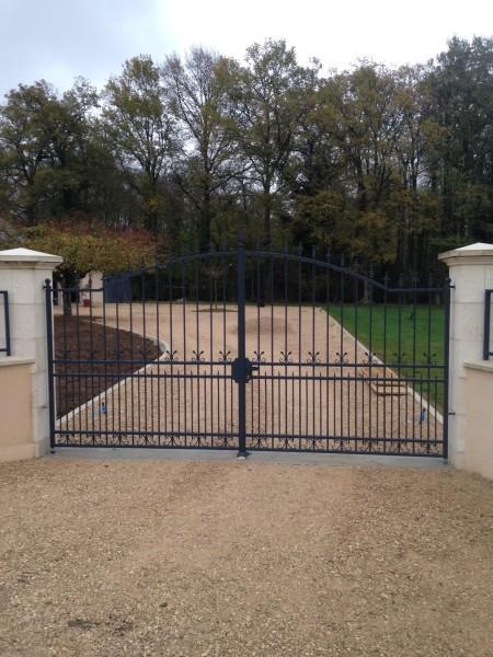peindre un portail en fer portail acier fer forg avec peinture epoxy with peindre un portail en. Black Bedroom Furniture Sets. Home Design Ideas